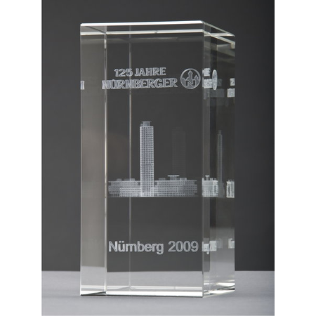 "Glasquader mit 3D-Laserinnengravur ""Business-Tower - Nürnberg"""